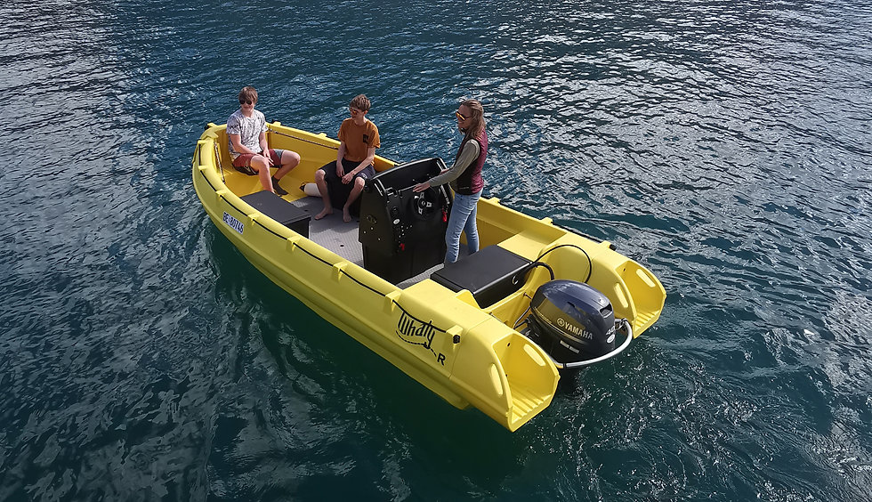 Motor Boat Rental Lake Thun.jpg