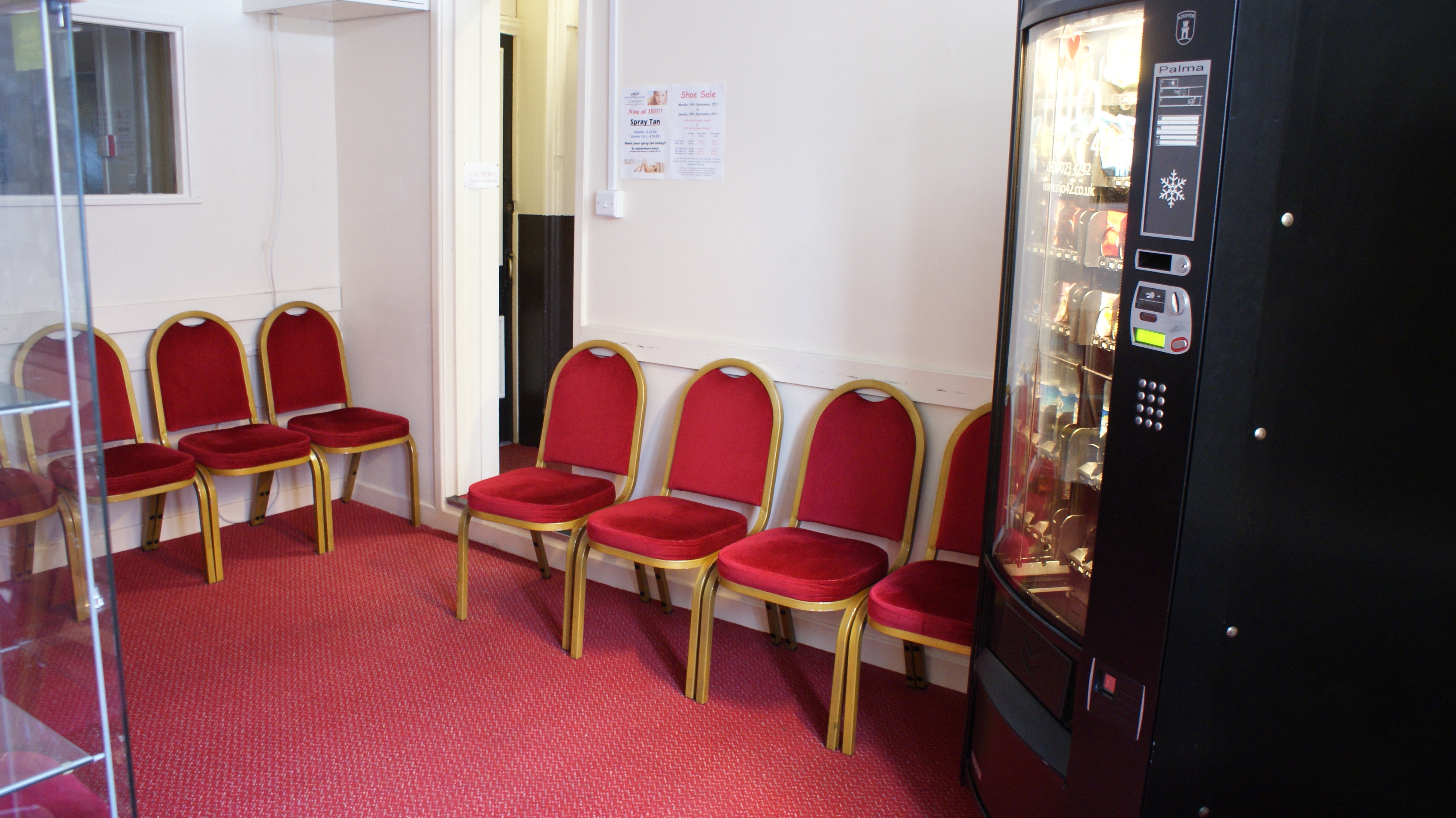 Waiting/Meeting Room