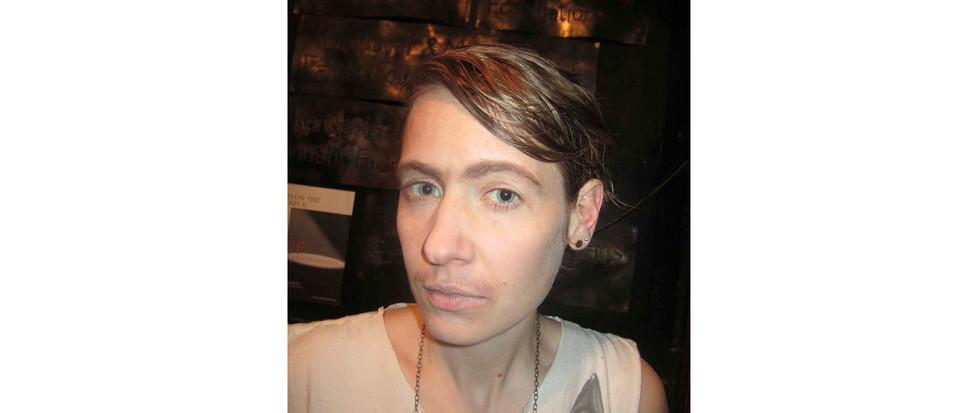 Gender Corossing/ non-binary