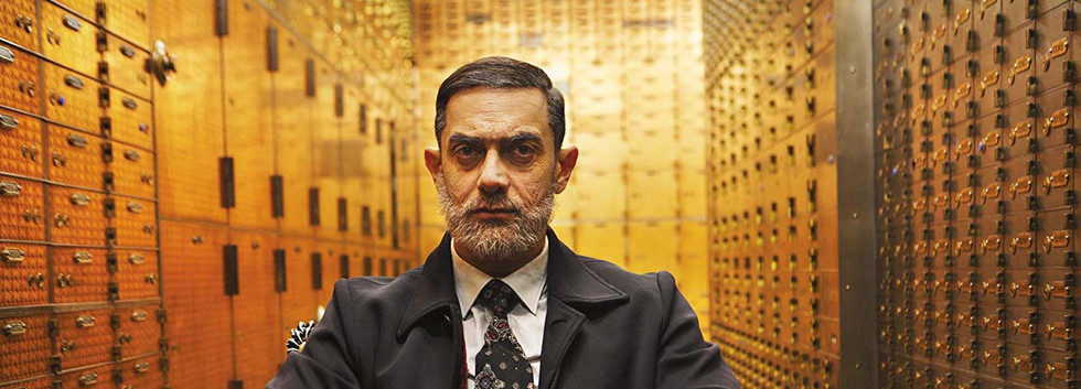 Aamir Khan in Dhoom 3 , in old age with beard disguise