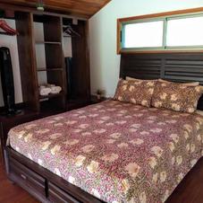 Bedroom on the mezzanine level