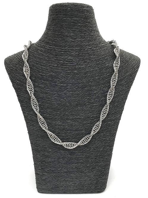 handmade chain maille twist design necklace