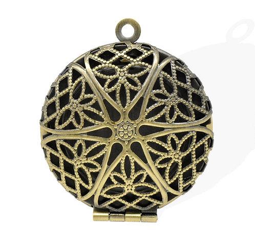 Filigree Locket - Bronze