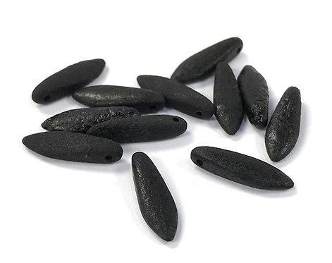 Czech Dagger Beads 5 x 16mm - Etched Black