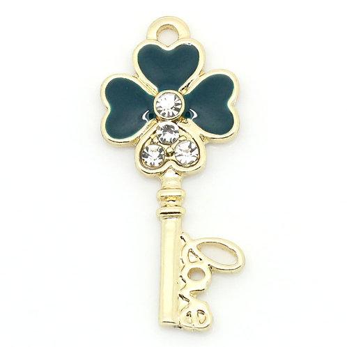Four Leaf Clover Key - Light Gold