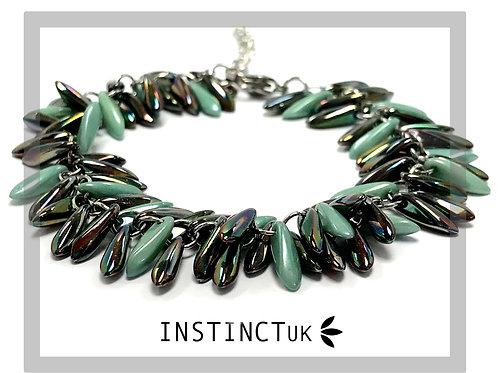 handmade green beaded bracelet