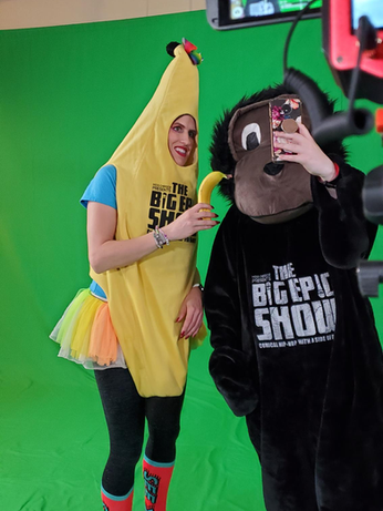 Banana Girl and Friends