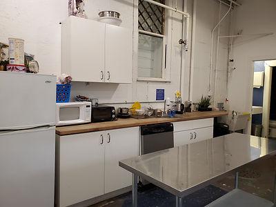 1100 basement kitchen.jpg