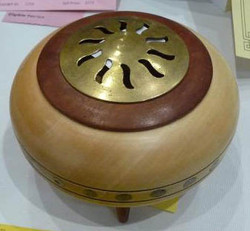 David Coull - Intermediate Lidded Container