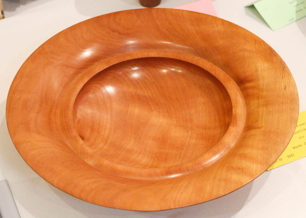 Ray Smith - Intermediate Bowl over 20cm