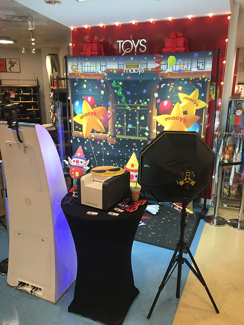 Open air photo booth photography at Macys