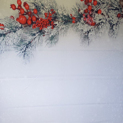 Holiday Berries & Pines