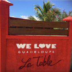 we love la table