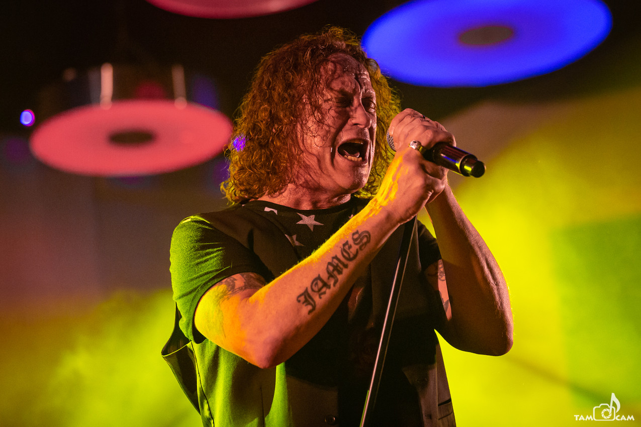 The Screaming Jets - 13