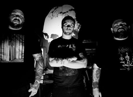 "PRIMITIVE MAN Unleash Brutal New Track ""Menacing"" From Upcoming Album"