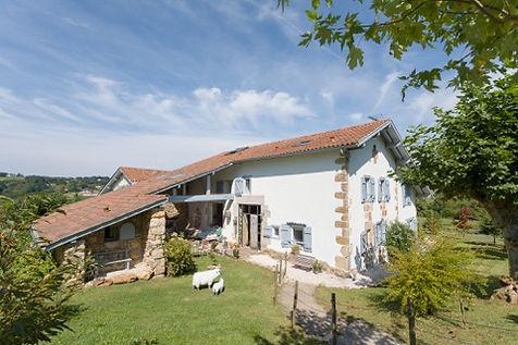 la maison d'hotes elhorga est un authentique ferme