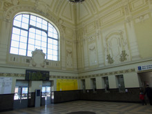 Hall Train Station