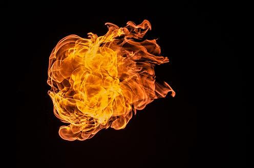 flame-726268_1920.jpg