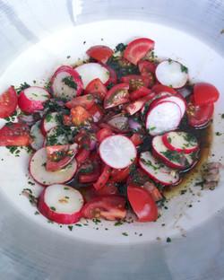 Radischen-Tomatensalat
