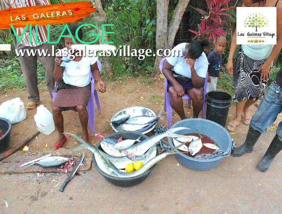 Vendida Pescado por la calle