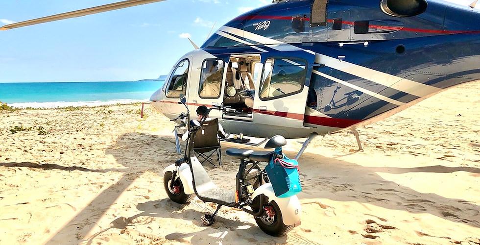 Helicóptero en la playa