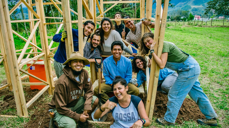 """""""Eco Aldea Salvaje"""" ¡Construyámosla Juntos!"""