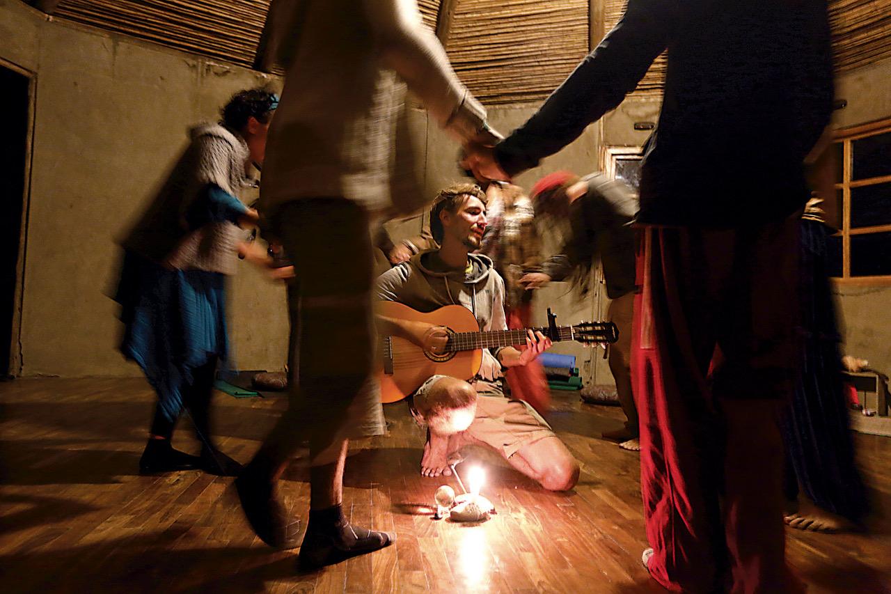 Danza Circular y Música
