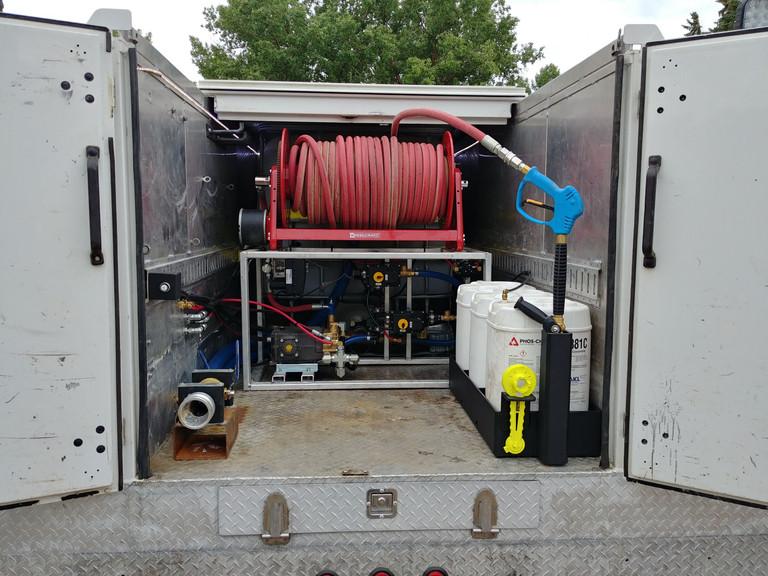 UHP Hydraulic Pump skid
