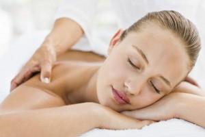 massage_fille_prêt