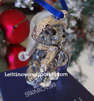 2006 SWAROVSKI ANNUAL KRIS BEAR CHRISTMAS ORNAMENT