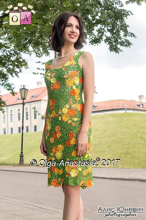 dress August model 2