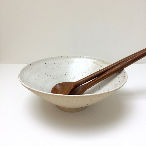 White speckled stoneware bowl