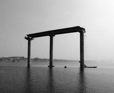 Varanasi india ganges boat.jpg