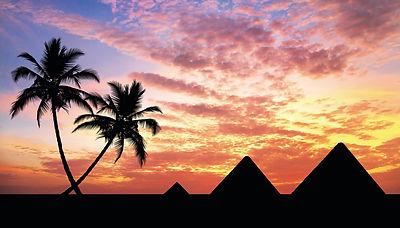 Pyramiden © Topdeck