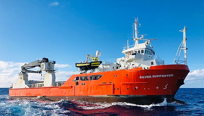 MV Silver Supporter © Pitcairn Island To