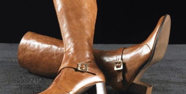 Stivali in vitello realizzati a mano su misura in Italia