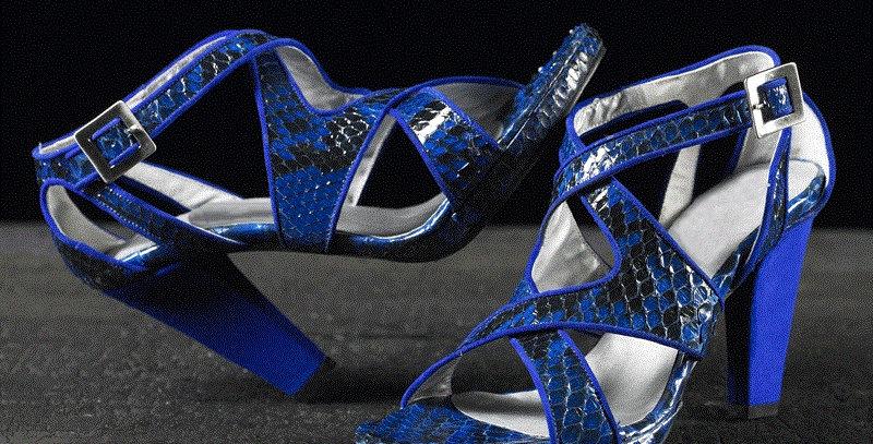 Sandali in pitone realizzati a mano su misura in Italia