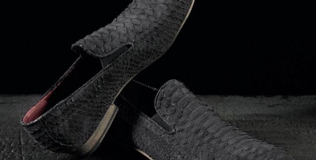 Mocassini Slippers in pitone realizzati a mano su misura in Italia