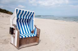 Strandkorb mit Briefkasten