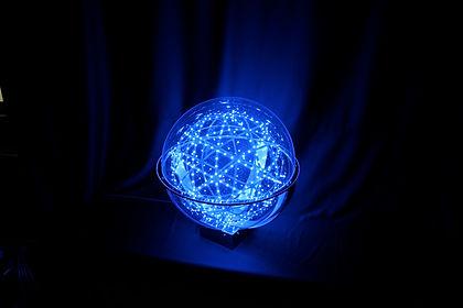 Synergytec球体イルミネーション「ルミナスドロップ」