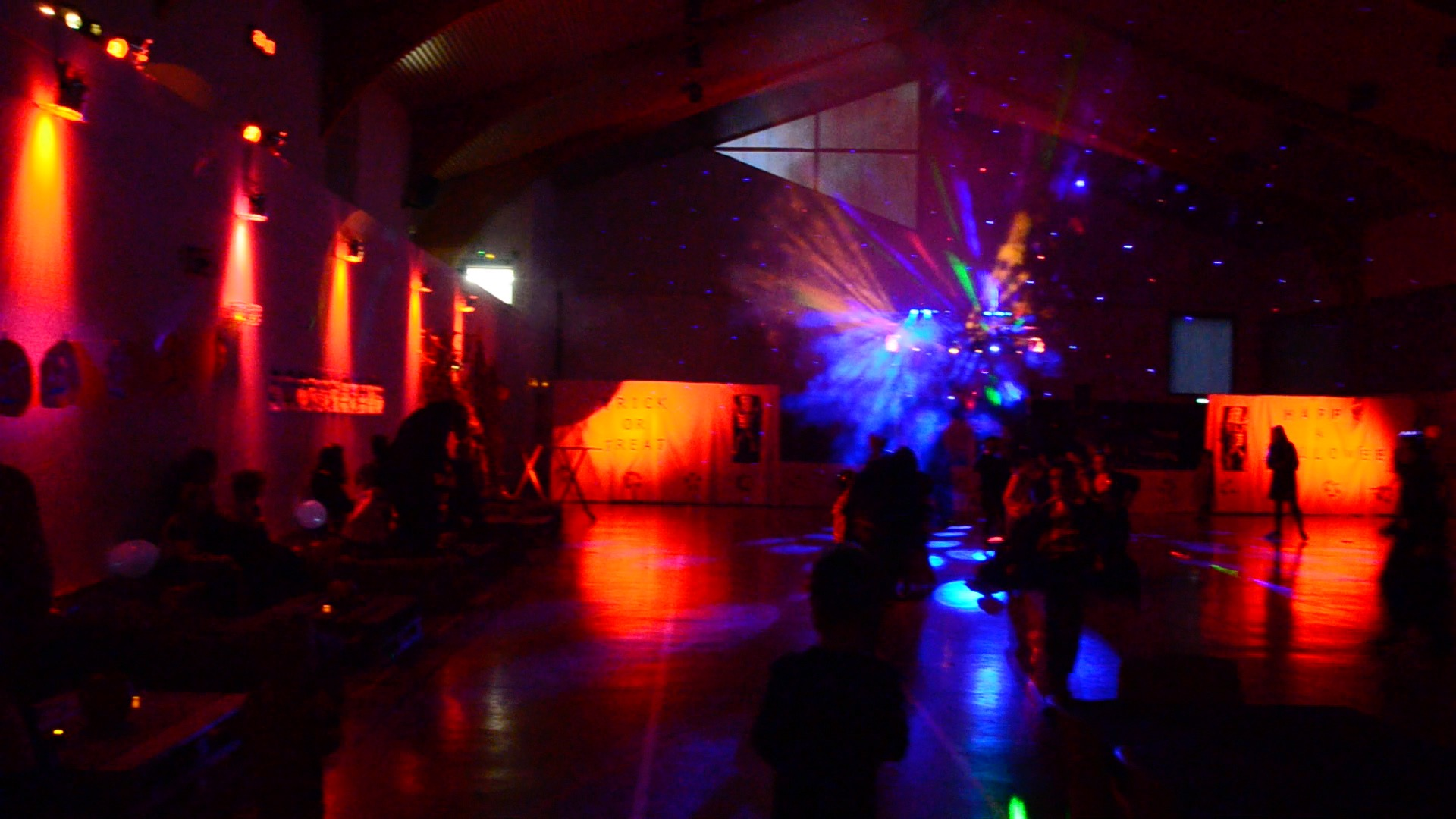 halloween-family-party-2016-prevessin-sou-grands-chenes-salle-lumieres