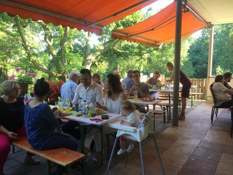 Ein wunderbares Sommerfest im Schlösschen!