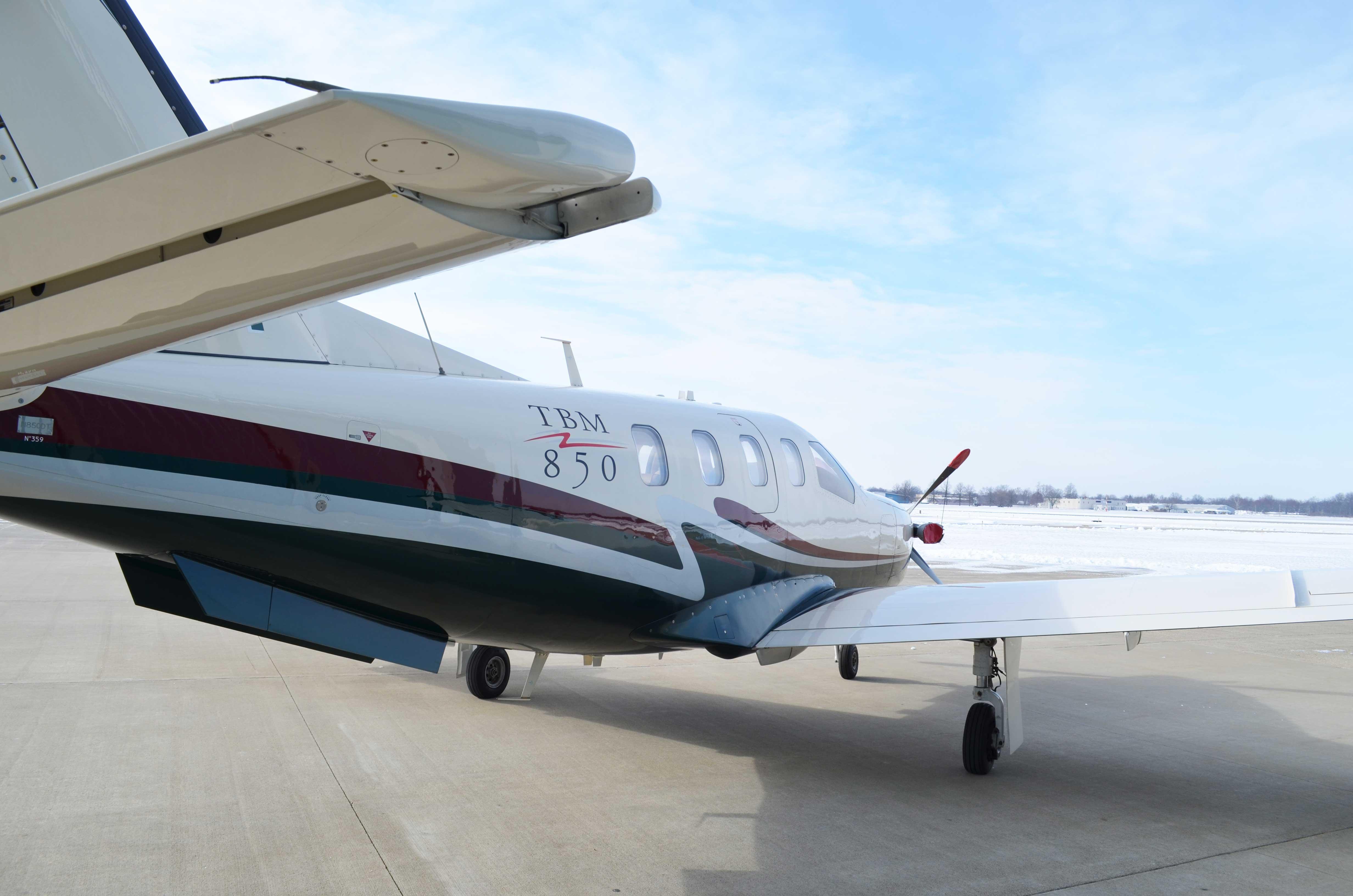 2006 TBM 850