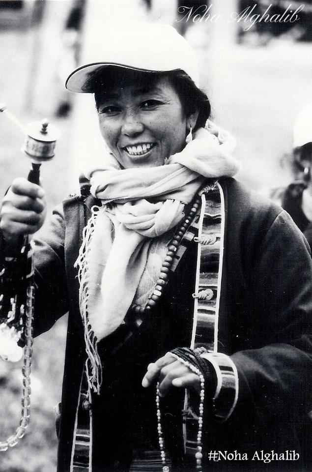 woman praying at China