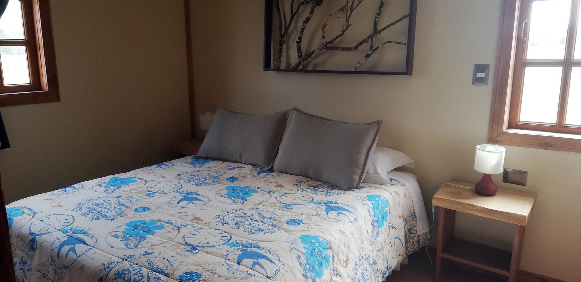 Dormitorio cabaña roja.jpg