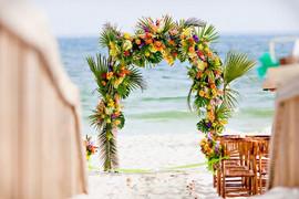 tropical-wedding-arch.jpeg