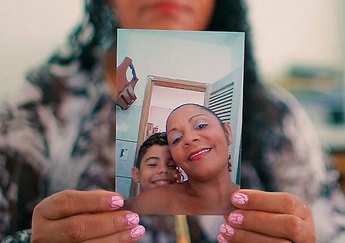 Una foto di Eduardo con sua madre Terezinha