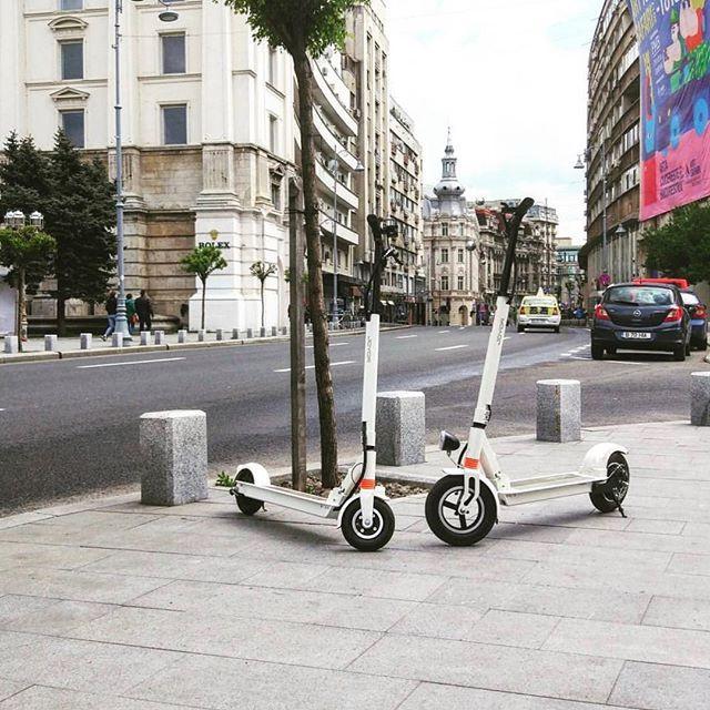 Patinete eléctrico Joyor  X1 en la calle