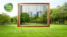 JANELA WOOD GLASS COM VISTA PARA O MUNDO