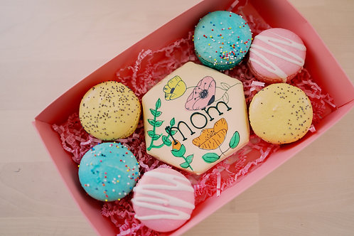 Cookie & Macaron Box